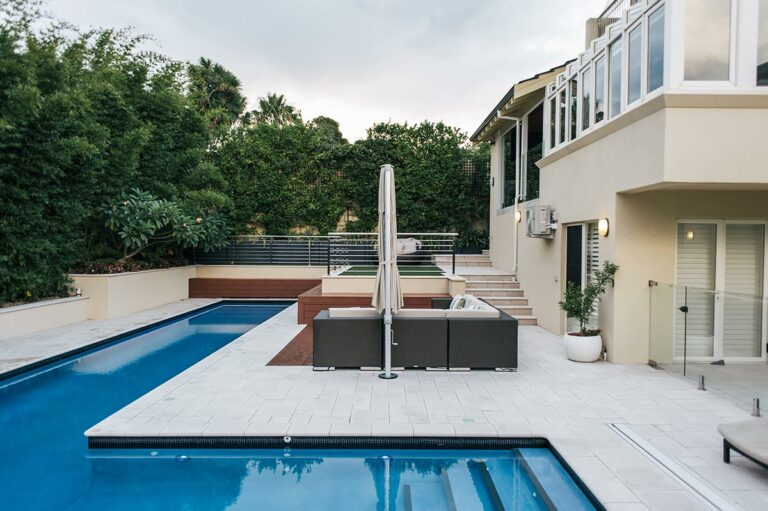 Interesting L shaped pool in Perth